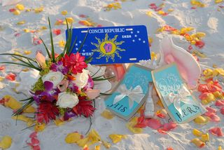 ConchRepublicBeachWedding